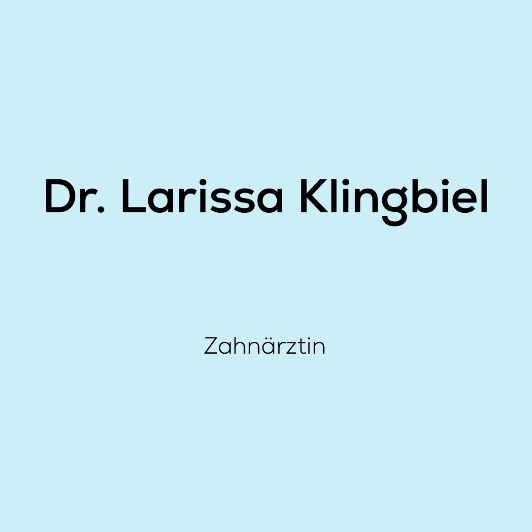Wir, das Team von dent + face freuen uns sehr mit Dr. Larissa Klingbiel als Zahnärztin zusammenarbeiten zu dürfen.